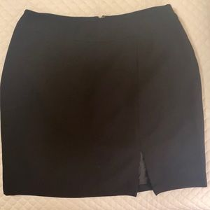 Emma James crepe feel fully lined black skirt 16